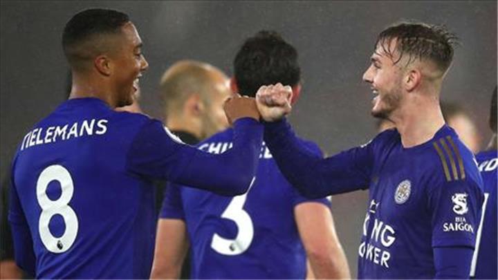 HLV Leicester báo tin buồn cho MU, Liverpool và Man City