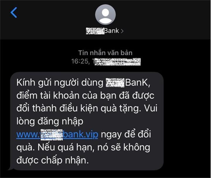 Giả mạo tin nhắn thương hiệu để lừa đảo, chiếm đoạt tiền của khách hàng
