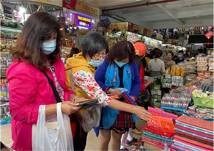 Du lịch Đà Nẵng: Tìm giải pháp tái cơ cấu nguồn khách