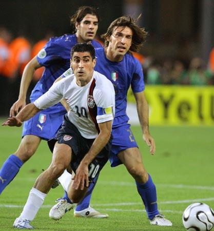 Mỹ không phải là một đối thủ lớn đối với gã khổng lồ của bóng đá thế giới  như Italia, nhưng họ là đội duy nhất Lippi không thắng nổi (hòa 1-1) ...