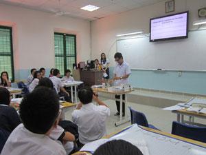 https://www.giaoduc.edu.vn/upload/images/2014/08/25/can-nhac-khi-viet-loi-phe_11.jpg