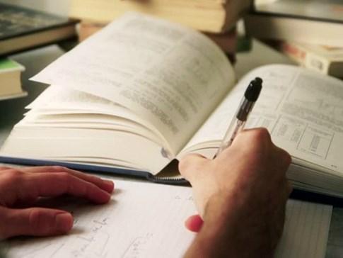 Đánh giá kỹ năng đọc viết của sinh viên