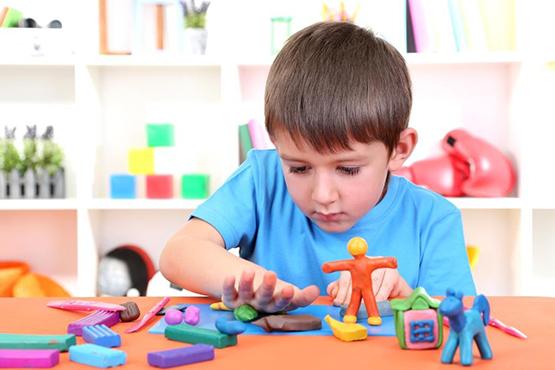 Cẩn trọng với đồ chơi đất sét | giaoduc.edu.vn