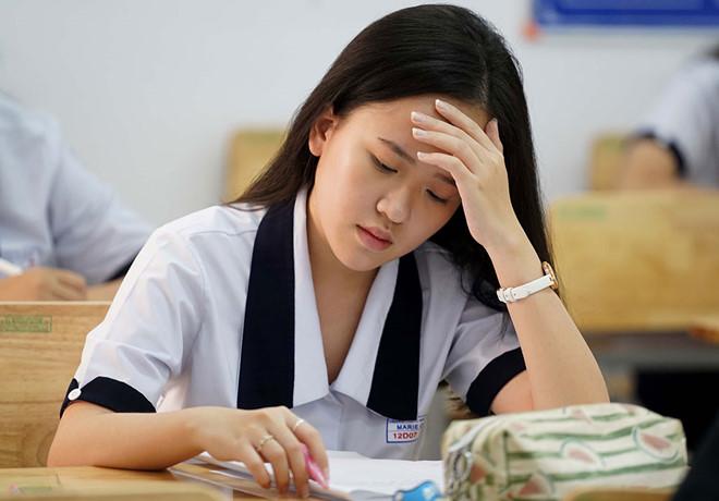 Học sinh lớp 12 bắt đầu giai đoạn tăng tốc ôn thi  /// ẢNH: NGỌC DƯƠNG