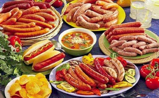 Ăn nhiều đồ ăn chế biến sẵn, nhiều dầu mỡ
