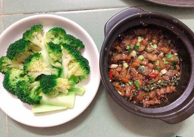 Từ những lần tiếp theo khi chế biến bông cải xanh, chú ý tận dụng cả lá để hấp, xào…